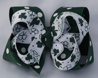 St Patricks Day Hunter Shamrock Hair Bow