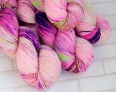 Maflingo- Sock Yarn - Hand Dyed Variegated Yarn - Speckled Yarn - Extrafine Merino Nylon Yarn - Fingering Hand Dyed Yarn - Neon Pink