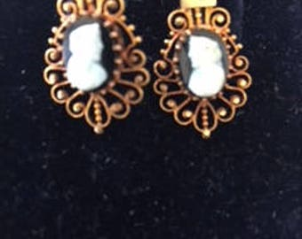 Victorian 14K Rose Gold Hardstone Cameo Pendant Earrings