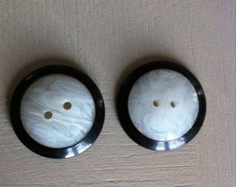 Vintage buttons, bakelite black and white