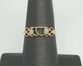14K Two-Tone Gold Flower Style Ring