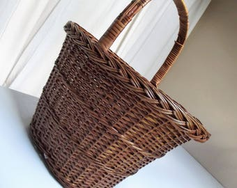 Vintage French shopping basket, lovely slimline style, unique, stylish basket