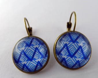 Dangle earrings tribal blue glass cabochon and bronze