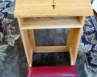 Prayer Kneeler with ebony cross and rosary - Solid oak