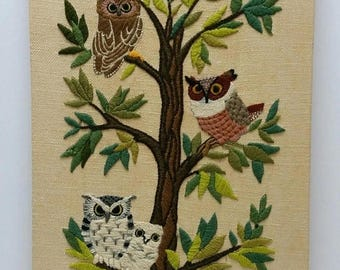 ON SALE Vintage Needlepoint Finished Erica Wilson OWLS Tree Minerva Crewel #7158 Retro Forest Yarn