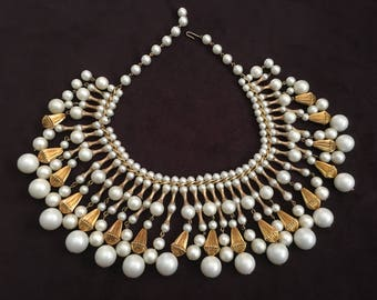 Vintage Egyptian Revival White and Gold Necklace 1256