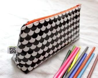 Black and white Kit