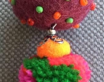 Textile, bohemian necklace / pendant, tonic, bright colors, hand-made jewel