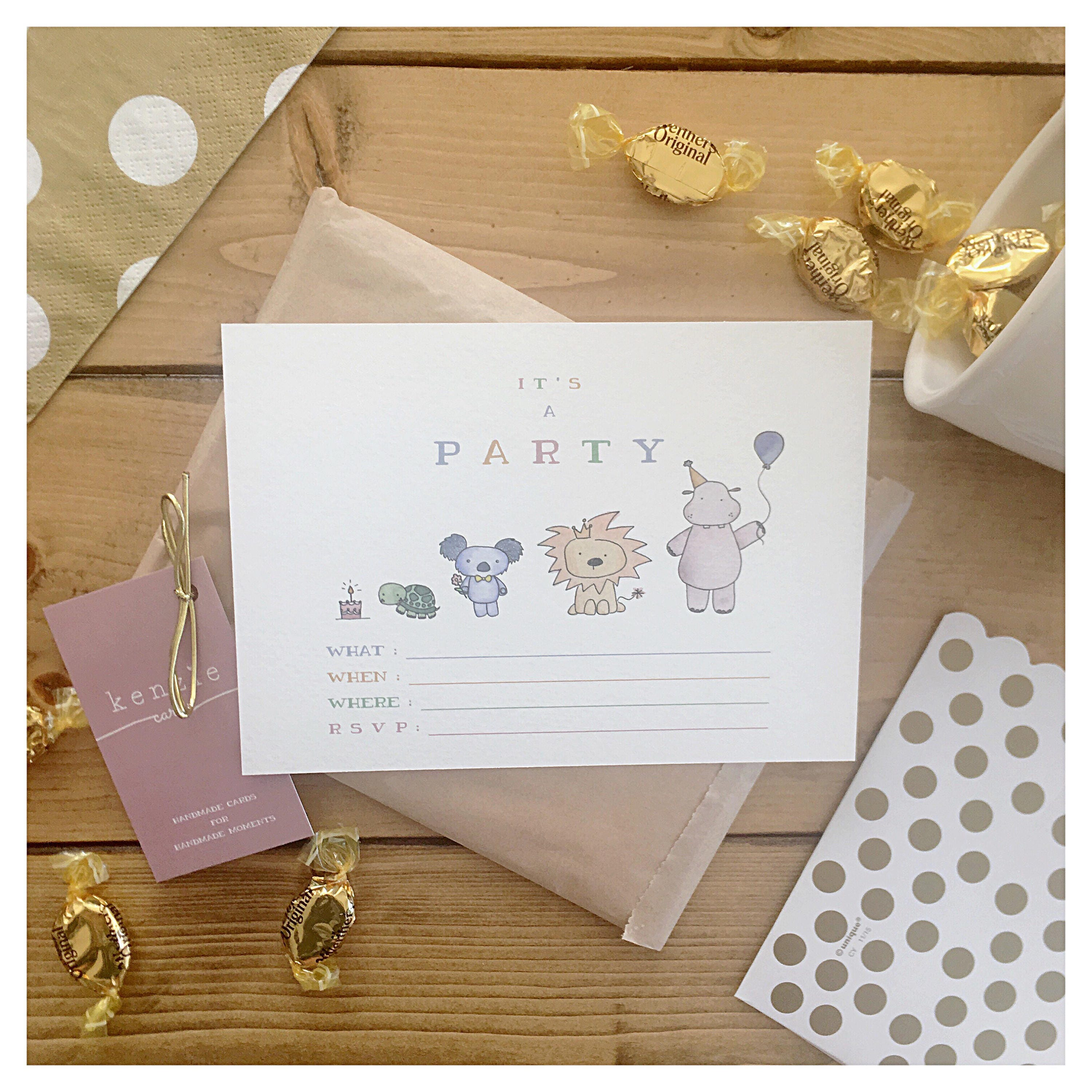 Animal Party Invitations 10 pack party animal animal theme – Packs of Party Invitations
