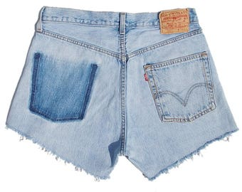 Levis 501 Womens Denim Shorts High Waisted Faded light Blue Distressed W31 (approx UK 10-12)