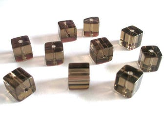 10 square brown glass beads 8x8mm