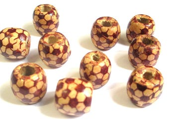 10 wooden beads with pattern ethnic 17mm