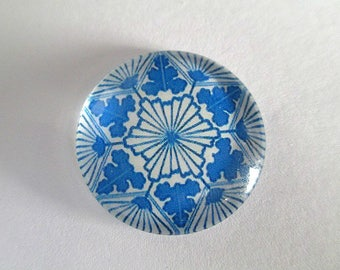 1 blue 25mm (5) flower printed glass cabochons