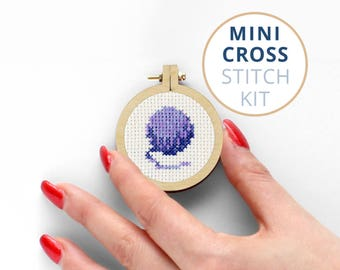 Mini Ball of Wool, cross stitch kits for sale, cat cross stitch kits, Cat Toy, best cross stitch kits, 14 count cross stitch kits, Wool