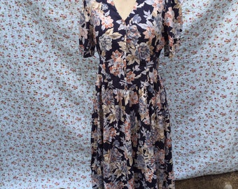 Vintage Laura Ashley dress from the eighties, 38