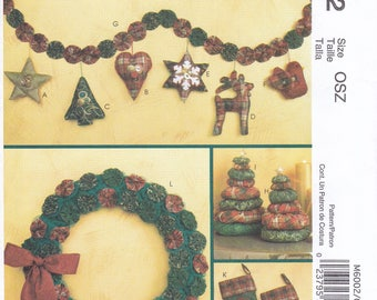 Free Us Ship McCall's 6002 Craft Sewing Pattern Christmas Tree Ornaments Uncut Yo Yo Stacked Tree Ornaments Stocking Garland Wreath New