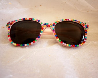 Small girls colourful embellished sunglasses ages 4-6