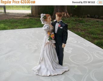 ON SALE Wedding Cake Topper//Figurines De Mariage//French Vintage//Wedding Cake//Ornament//Rustic//Vintage//Retro//Found And Flogged