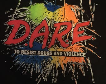 Vintage D.A.R.E. To Resist Drugs and Violence T-shirt XXL