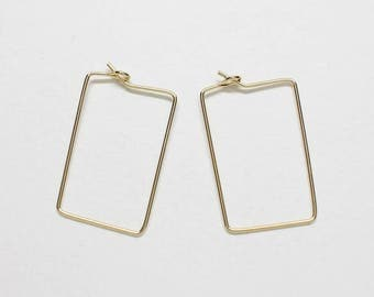 B0022/Anti-tarnished Gold Plating Over Brass/Rectangle Wire Hoop/15x34mm/4pcs