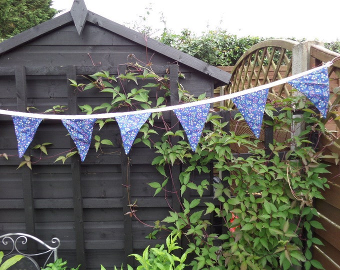 """Floral Bunting, Handmade, FREE SHIPPING, Unused, 10 Bunting Flags, Blue Floral Cotton Material, Powder Pink Trim, 92"""" (234cm) end to end"""
