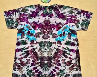 2XL Kaleidoscopic Apparel tie dye shirt