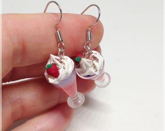 Cup earrings