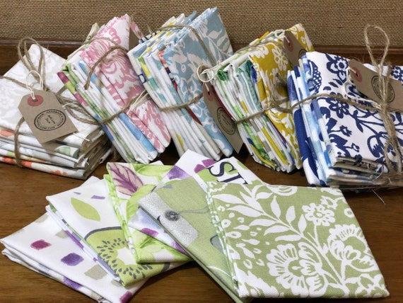 Fat Quarters | Fabric Bundles x 5 Assorted Quilting Fabric | Upholstery Grade Material | Matching Colours | Sewing and Craft Squares
