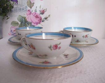 Vet 3 cups, saucers and tea - cups - coffee mugs blue pink floral border - gold
