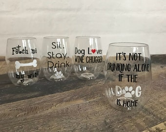 Dog lover gift, Dog lover wine glass,  shatterproof wine glass, stemless wine glass, dog mom wine glasses, set of dog lover wine glasses