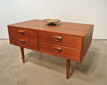 Kai Kristiansen Teak entry chest Manufactured by Feldballes Møbelfabrik  Denmark