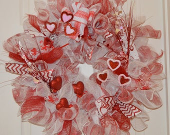 Red and White Valentines Wreath