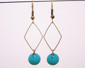 Sequin green zircon and diamond earrings