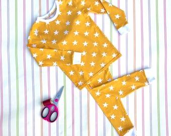Yellow kids pyjamas, unisex kids pyjamas, jersey pyjamas, jersey sleepwear, kids pajamas, childrens pjs, Christmas pyjamas, gifts for kids
