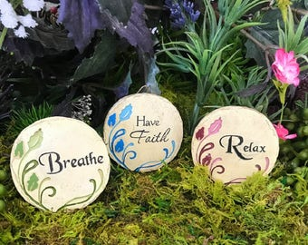 Miniature Round Inspirational Plaque - Your Choice of 12 Messages!