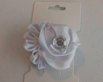 White flower hair bow.