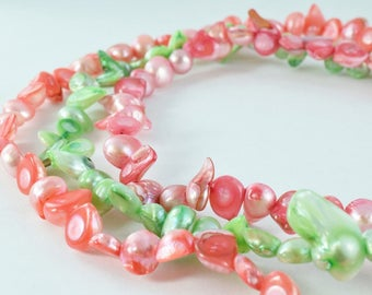 Mixed Size Fragmented Dyed Shell Beads 15.5 Strand Shell Bead, Shell Beads,Shell Jewelry,Beading Supplies,Wholesale Beads, Beads,Beach shell