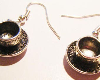 Cup and saucer ♥ earrings ♥