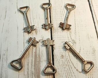 Large skeleton keys set of 6 Vintage keys Metal skeleton keys Antique keys Steampunk keys Decorative keys Old Soviet keys