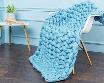 super chunky blanket, chunky knit blanket. super bulky blanket.Cable Knit throw, Chunky Knit Throw,Arm Knit blanket,Giant Knit blanket