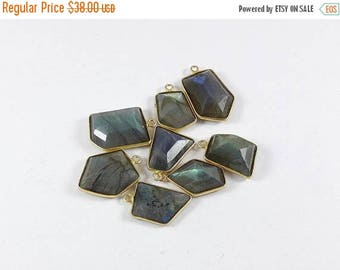 SUMMER SALE 8 Pieces Labradorite Bezel  24K Gold Plated Single Bail Pendant, 23mm x 16mm Ngsn 022