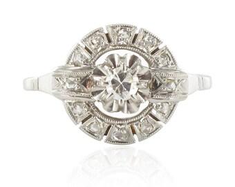 Vintage round classic beautiful Platinum 18K White Gold Diamond Ring vintage