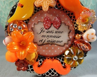 """Brooch """"message"""" and charms / / orange"""
