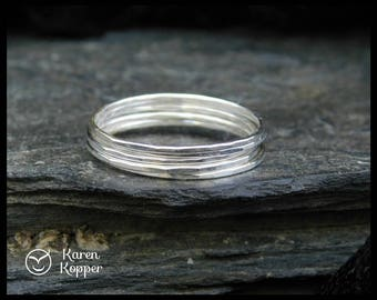Set of 5 - Sterling silver Super skinny rings. Also in 14k Gold filled (Rose or yellow), 0.8mm ring. Thin ring, stacking ring.