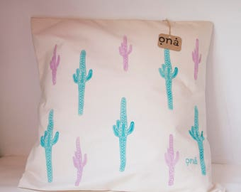 Hand linolut printed. Decorative pillows, Choose any colors. Made to order.