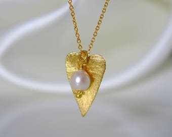Heart fine necklace pendant with Akoya pearl necklace 925 sterling silver gold plated