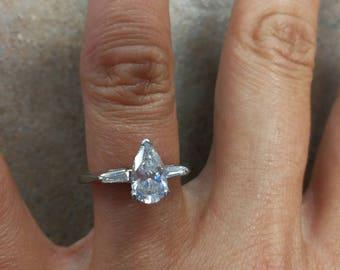 14K White Gold 1.25 CT Marquis Diamond  Ring