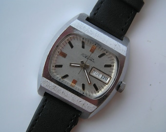 Vintage RUSSIAN Watch RAKETA Ussr - Serviced