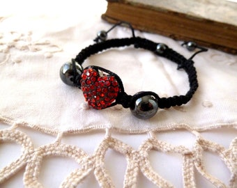 "Shamballa red thread ""heart"" black"