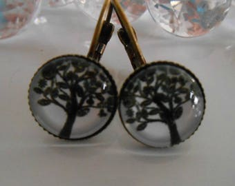 """""""Black and white tree"""" Stud Earrings cabochon glass"""